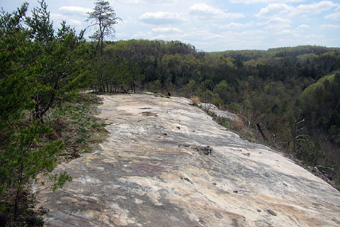 the exposed sandstone of Thompson Overlook